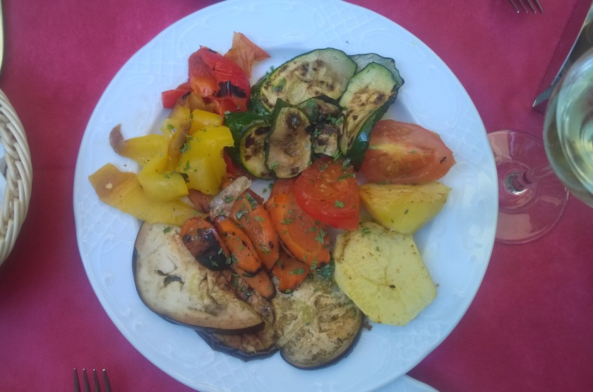Starter at Hotel Malibran consisting of several grilled vegetables