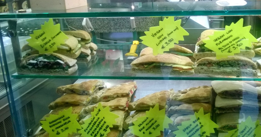 Vegan and non-vegan sandwiches in the display at pizzeria l'Angelo