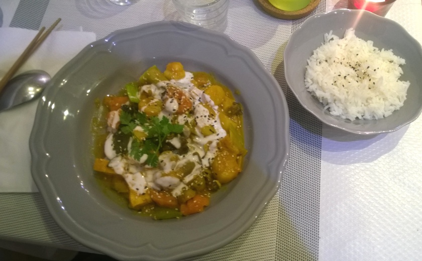Curry with tofu and rice at Vietnam in Paris