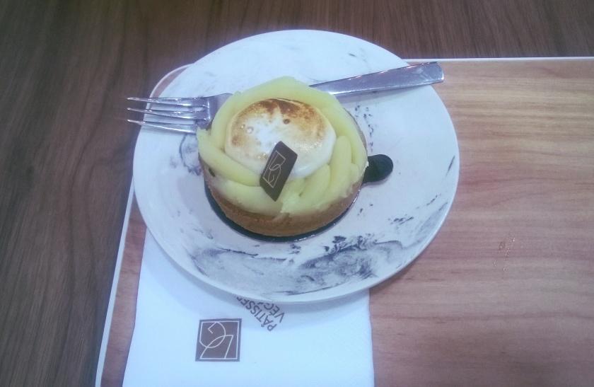 Tarte aux citron at VG Pâtisserie
