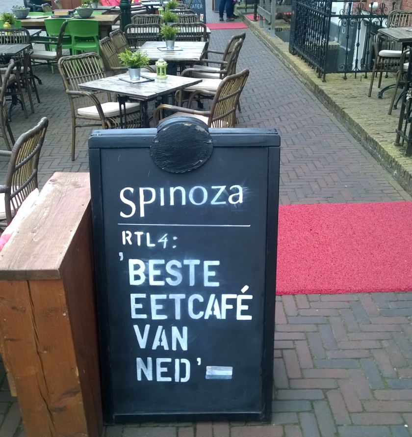 Spinoza sign outside