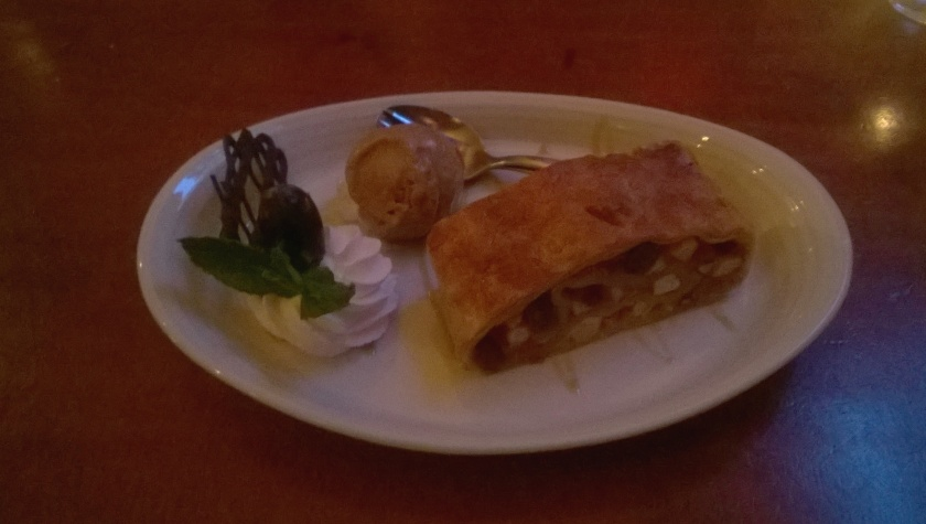 Apple strudel at Spinoza
