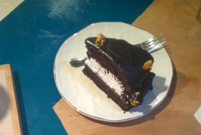 Oreo cake at B12