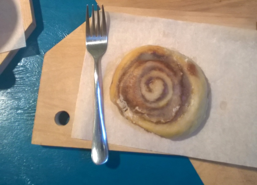 Cinnamon roll at B12