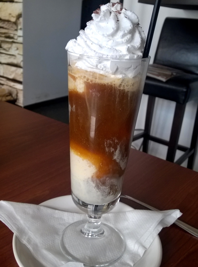 Ice coffee at Vegana Indiana