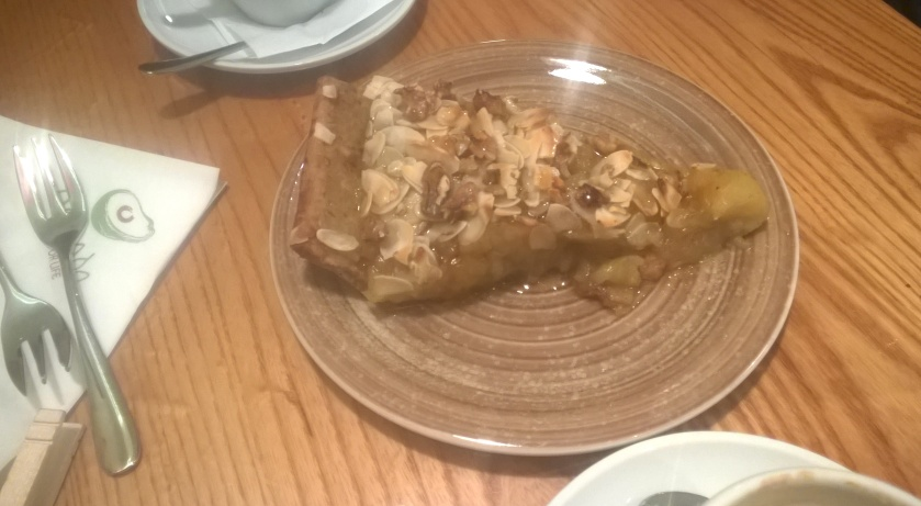 Apple pie at Avocado