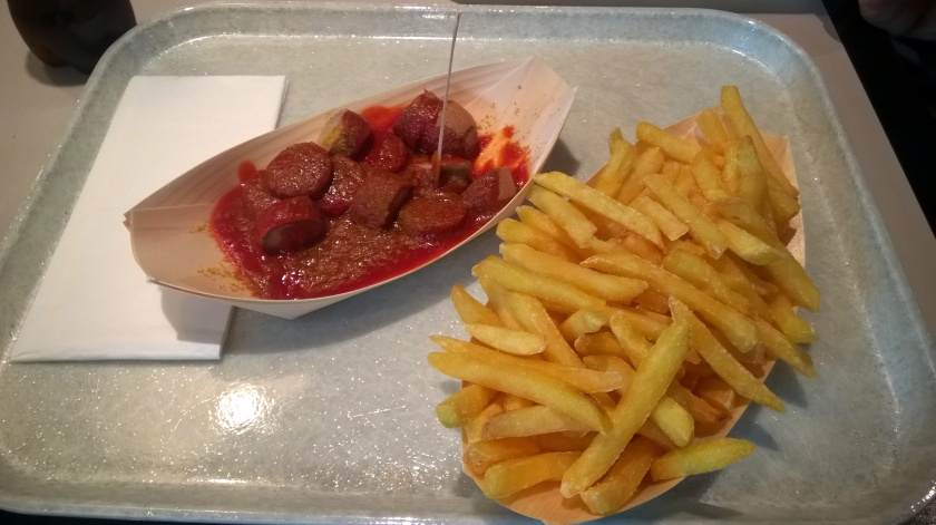 Veggie sausage and fries at Wurst und Moritz
