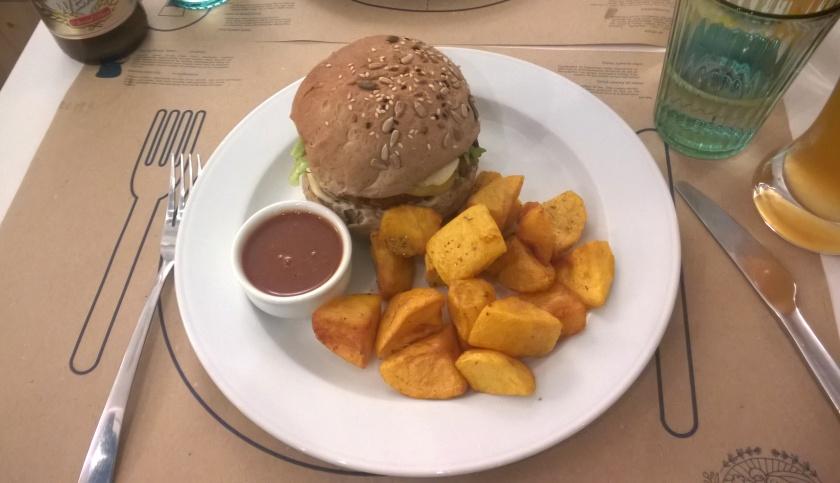 Mushroom burger at Mama Tierra