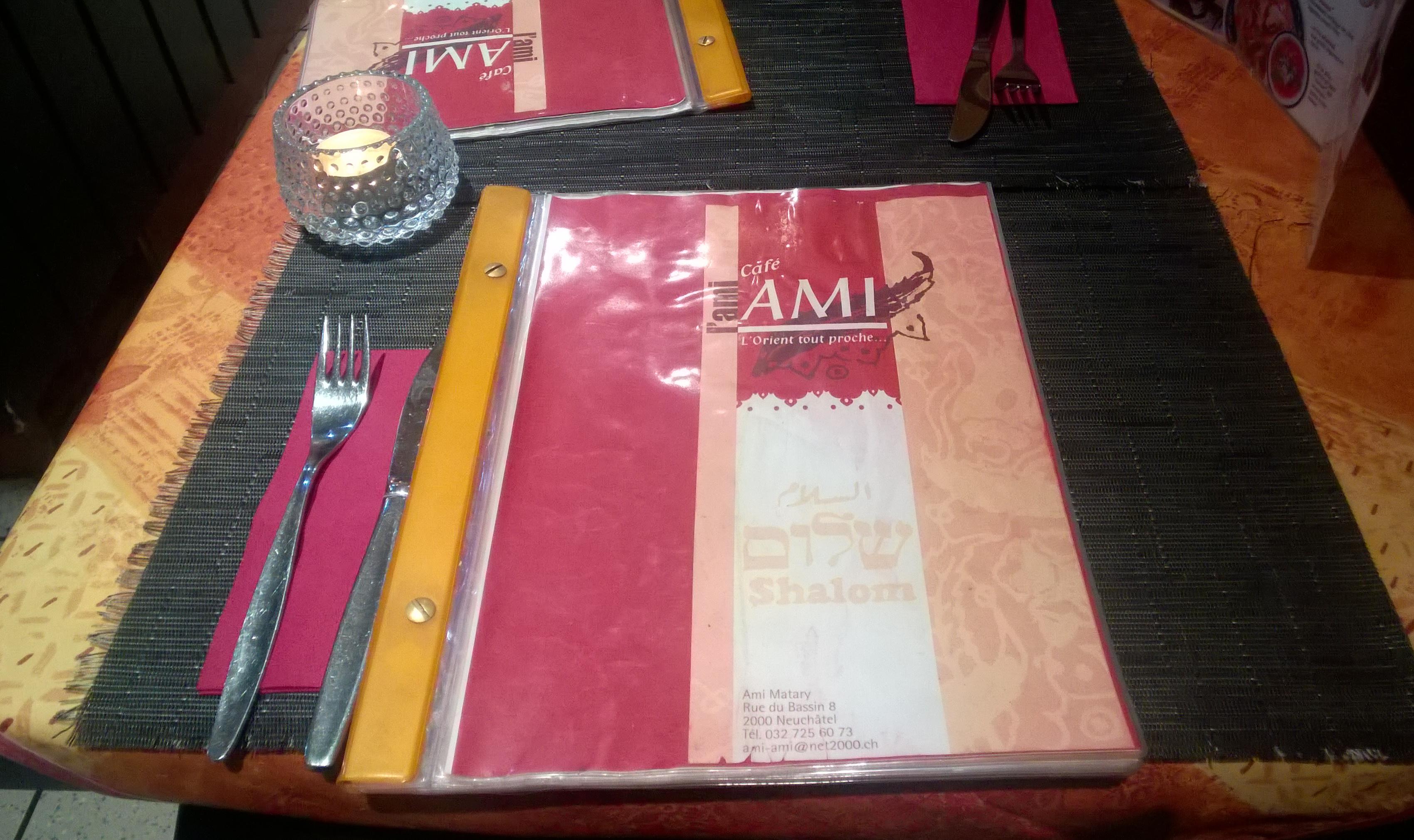 Table at Cafe l'Ami-Ami