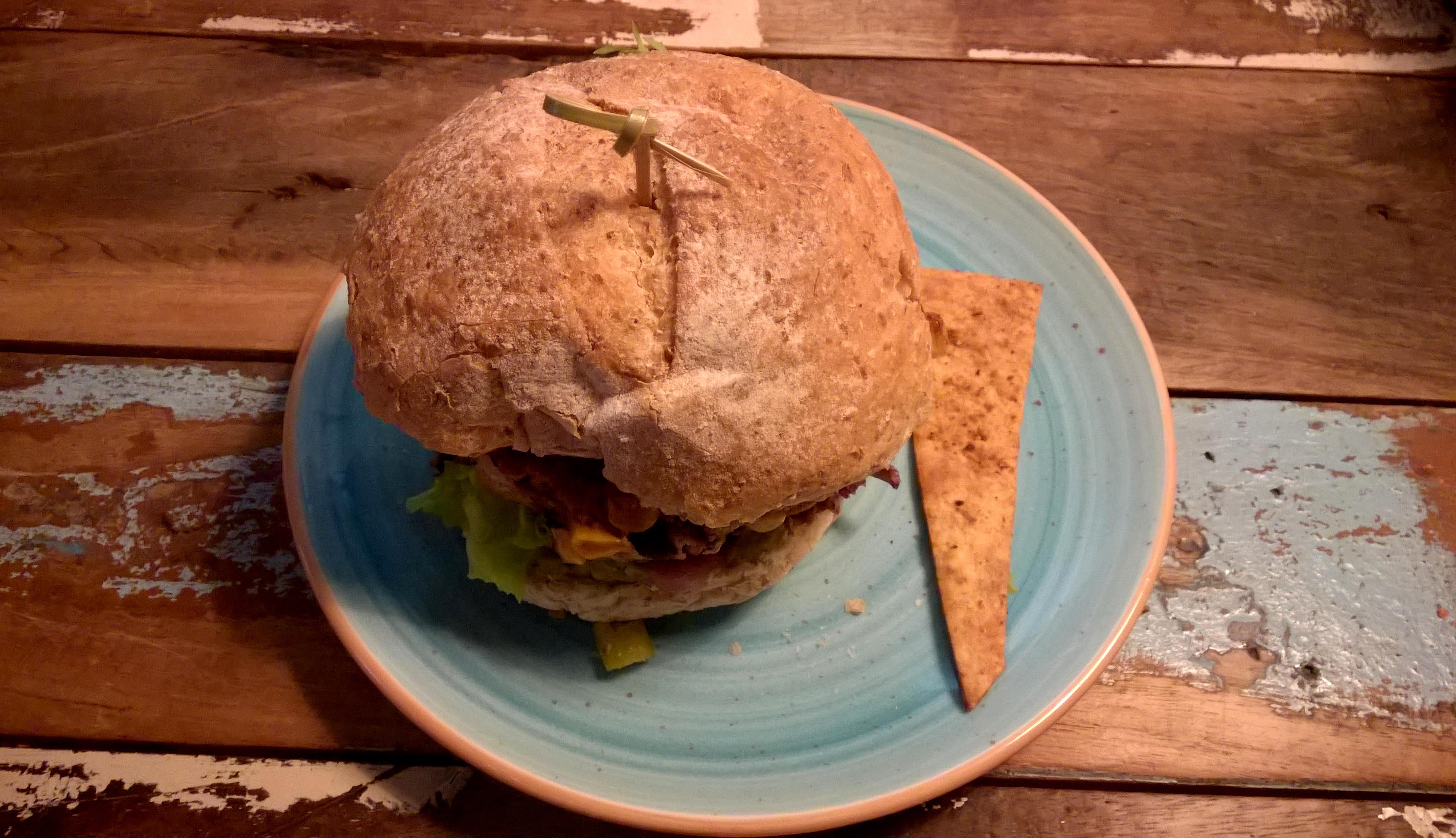 Beanalicious burger at Wadapartja