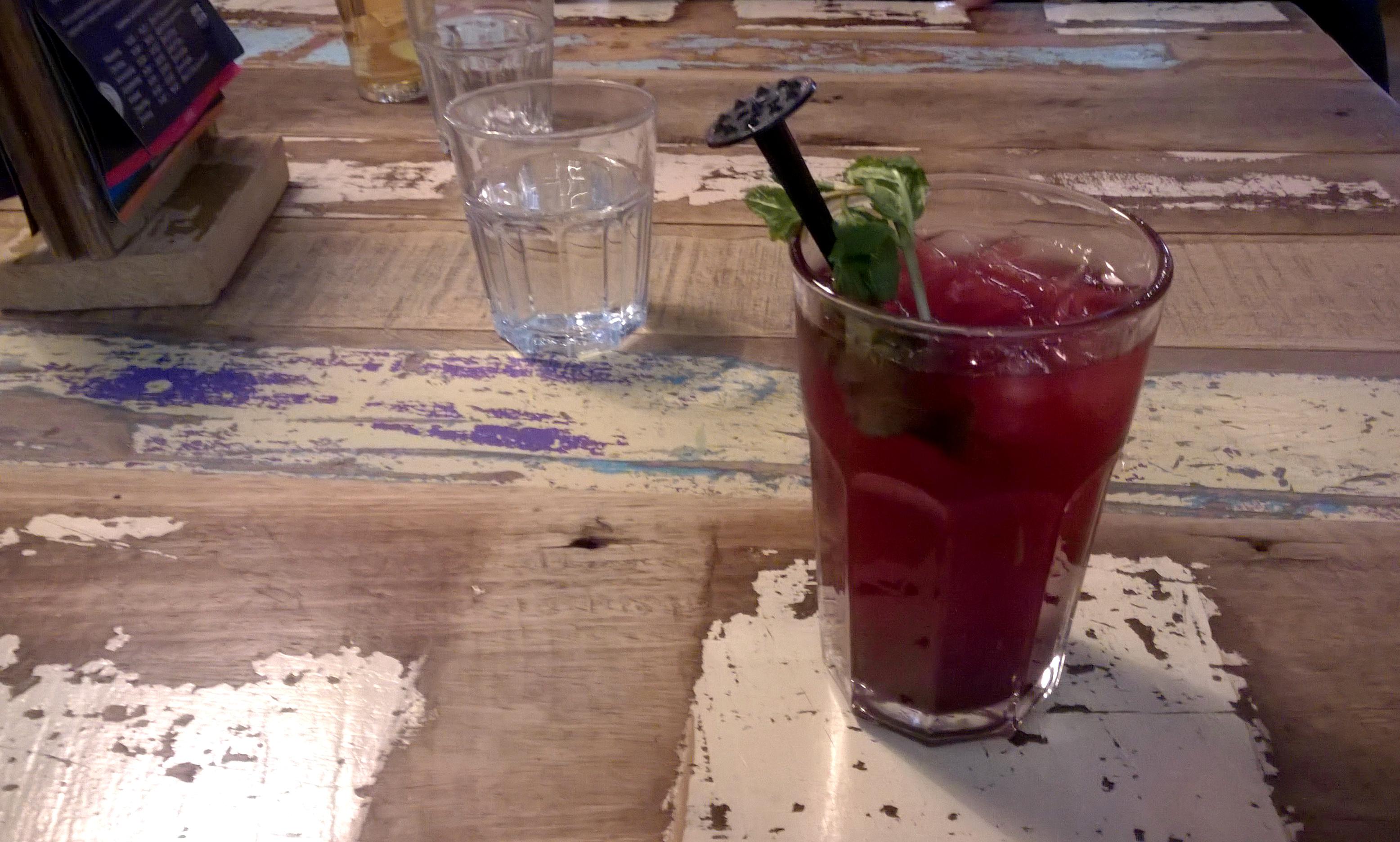 Drinks at Wadapartja