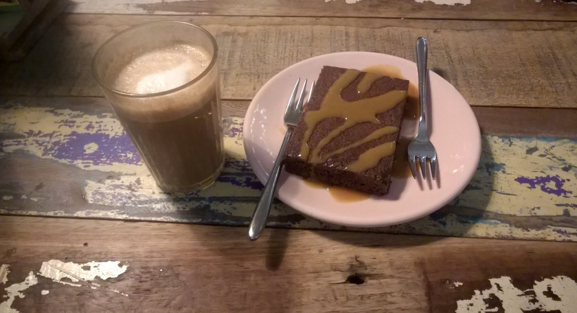 Coffee and dessert at Wadapartja